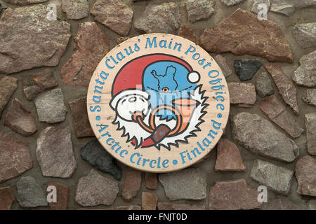 Rovaniemi, Lapland. 08th Feb, 2016. A sign with the words 'Santa Claus' Main Post Office - Arctic Circle - Finland' - Stock Photo