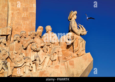 Portugal, Lisbon: Henry the Navigator leading  the figure group of the Discovery´s Monument in Belém - Stock Photo