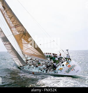 AJAXNETPHOTO. 1989. SOLENT, ENGLAND. FASTNET RACE 1989 - GATORADE SKIPPERD BY GIORGIO FALCK (IT) OFF THE NEEDLES. - Stock Photo