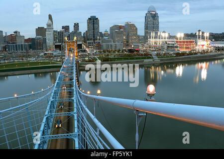 John A. Roebling Suspension Bridge over The Ohio River between Cincinnati, Ohio and Covington, Kentucky. - Stock Photo