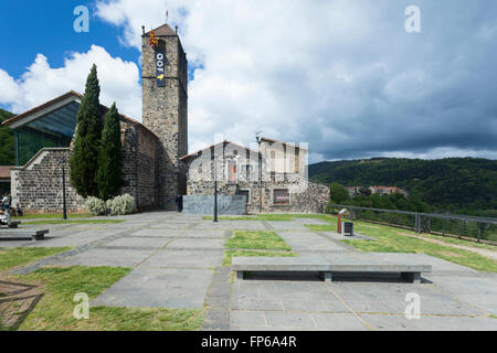 Church and museum of Sant Salvador in the old town of Castellfollit de la Roca, volcanic region of Garrotxa, Catalonia, - Stock Photo