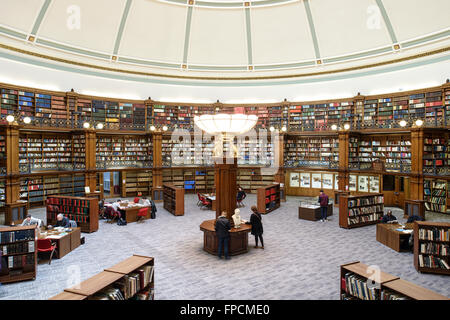 An interior view of the old Liverpool Library, showing the more traditional decor and style compared to the new - Stock Photo