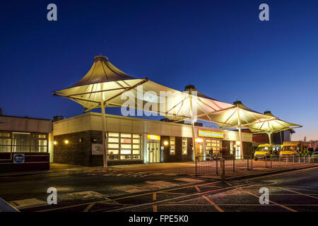 The entrance to the Emergency department at the Royal Preston Hospital - Stock Photo