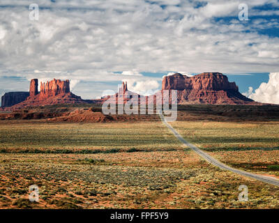 Highway leading to Monument Valley. Utah/Arizona - Stock Photo