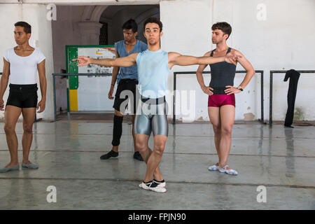 Cuba, Havana. Centro Pro Danza, founded by Laura Alonso in 1988, is one of Cuba's foremost center for ballet training. - Stock Photo