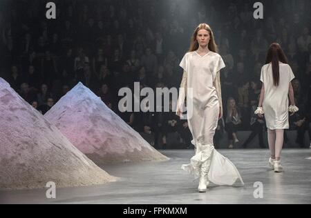 Vilnius, Lithuania. 18th Mar, 2015. Models present creations during the international fashion show 'Fashion Infection' - Stock Photo