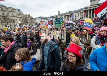 London, UK. 19th March 2016. UN Anti Racism, Refugees Welcome march and rally through central London to Trafalgar - Stock Photo