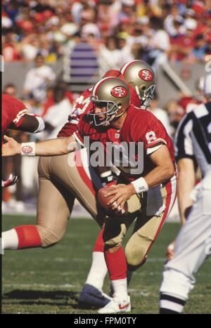 Tempe, Arizona, USA. 22nd Jan, 2007. 1992: Steve Young of the San Francisco 49ers during a game at Sun Devil Stadium - Stock Photo
