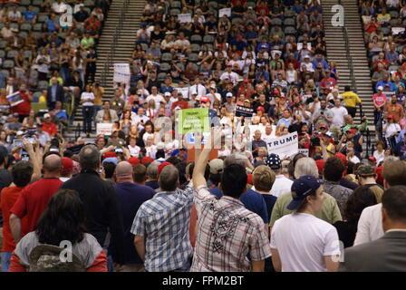 Tucson, USA. 19th March, 2016. Multiple protesters disrupt Donald Trump political rally in Tucson Arizona, USA. - Stock Photo