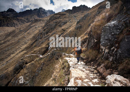 Geography/travel, Americas, South America, Peru, Andes, Inca road to Choquequirao, hiker on the road - Stock Photo
