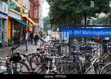 Mehringdamm, Kreuzberg, Berlin, Deutschland. The Mehringdamm is a street in southern Kreuzberg, Berlin. In the north - Stock Photo