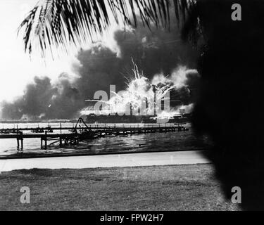 a brief history of the surprise attack on pearl harbor in oahu hawaii during world war two Aloha pearl harbor, honolulu, hawaii 301 likes immerse yourself in history and learn about the attack on pearl harbor known as your tour one of the.