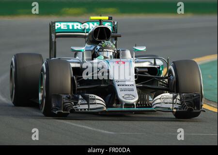 (160320) -- MELBOURNE, March 20, 2016 (Xinhua) -- Mercedes AMG Petronas Formula One driver Nico Rosberg competes - Stock Photo