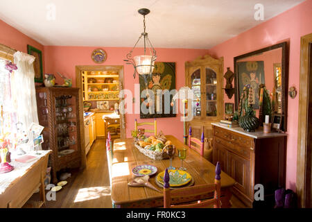... Author Lucinda Hutsonu0027s House In Austin, Texas   Stock Photo