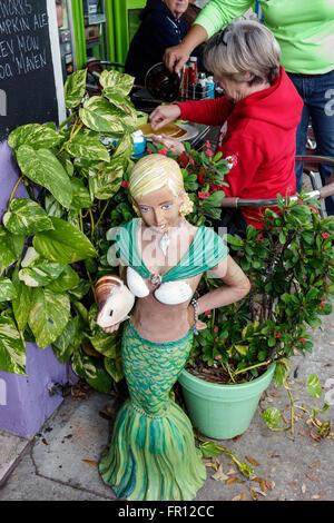 Florida FL St. Saint Pete Petersburg Beach Gulfport Beach Boulevard South Stellas Deli & Gelato restaurant alfresco - Stock Photo