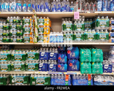 A display of bottled water is seen in a supermarket in New York on Thursday, March 17, 2016. (© Richard B. Levine) - Stock Photo