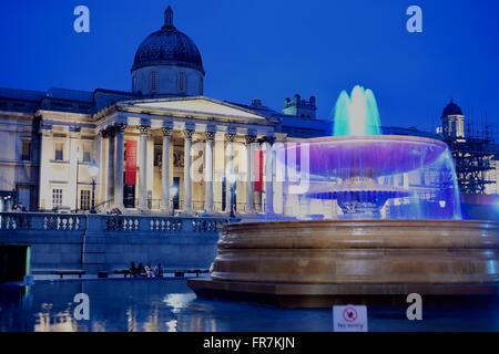 National Gallery, trafalgar Square, london, Museum, exhibitions. Fountains, water - Stock Photo
