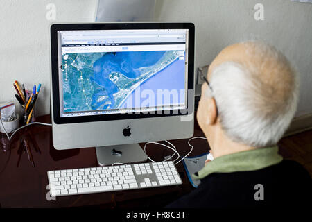 Old map viewing on computer - Stock Photo