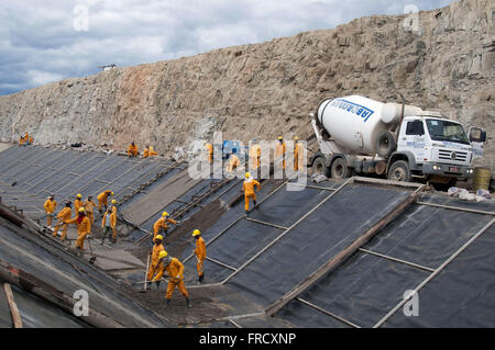 Concreting of the bypass channel of the Rio Sao Francisco - east axis - Stock Photo
