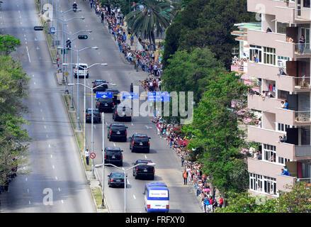 Havana, Cuba. 22nd Mar, 2016. Motorcade of US President Barack Obama passing through Havana's Vedado, Cuba, March - Stock Photo