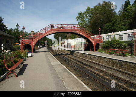 Footbridge at  Goathland Station the North York Moors Heritage Railway (NYMR) - Stock Photo