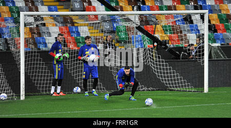 Udine, Italy. 23rd March, 2016. Spain's goalkeepers during the training session for the friendly football match - Stock Photo