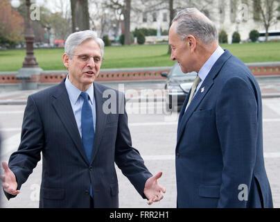 United States Senator Chuck Schumer (Democrat of New York), right, leads Judge Merrick Garland, chief justice for - Stock Photo