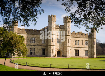 Leeds Castle, near Maidstone in Kent, exterior. Main part of castle. - Stock Photo