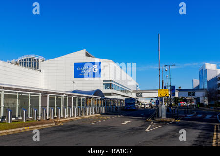 Main access roadway at Glasgow Airport terminal building, Glasgow, Scotland, UK