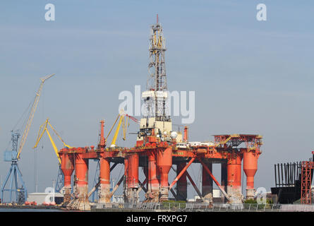 The Borgny Dolphin drilling rig in the Port of Belfast, for refit by Harland and Wolff Heavy Industries Limited. - Stock Photo