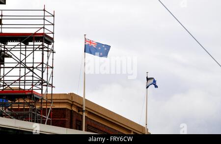 Wellington. 24th Mar, 2016. Photo taken on March 24, 2016 shows New Zealand's current national flag (L) and the - Stock Photo