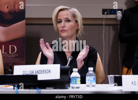 New York, United States. 23rd Mar, 2016. Award-winning actress Gillian Anderson (from the X-Files) participated - Stock Photo