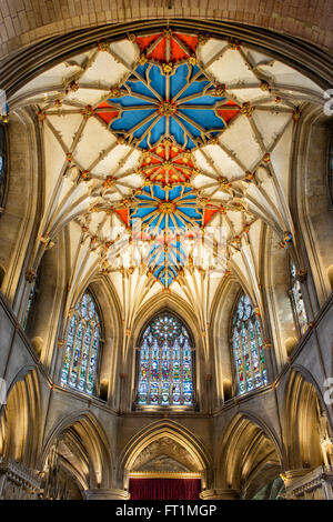 The chancels decorated vaulted ceiling in Tewkesbury Abbey. Tewkesbury, Gloucestershire, England. HDR - Stock Photo