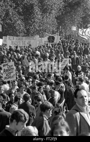 Vietnam War Protest. Large crowd at a National Mobilization to End the War in Vietnam direct action demonstration, - Stock Photo