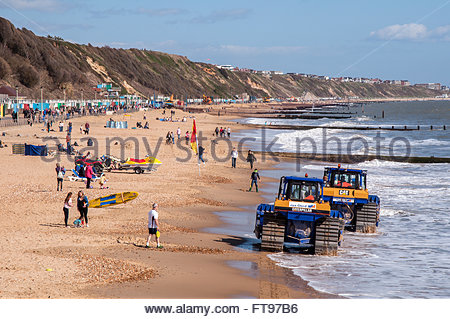 Bournemouth, Dorset, England. 25th March 2016. Bournemouth, Dorset, England. 25th March 2016. Sunny weather on Good - Stock Photo