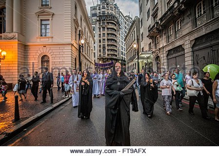 Sao Paulo, Brazil. 25th Mar, 2016. PROCESSION OF THE DEAD LORD!: Penitents participate in the Procession of the - Stock Photo