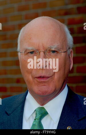 Washington, DC., USA, 22nd April, 2007 Senator Patrick Leahy talks with reporters at 'Face The Nation' Credit: Mark - Stock Photo