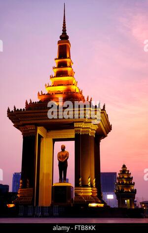 Statue of King Father Norodom Sihanouk, Phnom Penh, Cambodia - Stock Photo