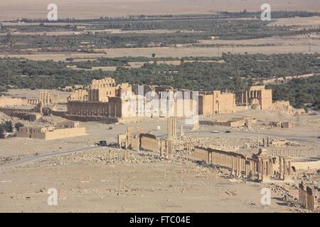 Ruins of the Qalaat Ibn Maan, Temple of Bel and colonnaded axis in the ancient Semitic city of Palmyra May 12, 2009 - Stock Photo