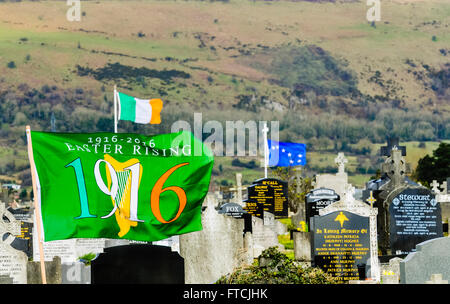 Belfast, Northern Ireland. 27 Mar 2016 - A 1916/2016 Centenary flag, Irish Tricolour and The Starry Plough flying - Stock Photo