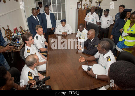 150303-N-JP249-004 LUANDA, Angola (March 3, 2015) Clockwise from bottom left, Cmdr. Matthew Flemming, mission commander - Stock Photo