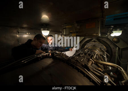 150517-N-FQ994-025 MEDITERRANEAN SEA (May 17, 2015) Gas Turbine Systems (Mechanical) 3rd Class Landon Scobey, from - Stock Photo