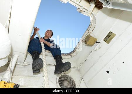 150630-N-XB010-035 BLACK SEA (June 30, 2015) Seaman Julie Ramirez, from Los Angeles, handles line aboard USS Laboon - Stock Photo