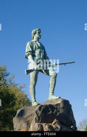 Statue of Captain John Parker at the Hayes Memorial Fountain on Lexington Common, Massachusetts by Henry Hudson Kitson