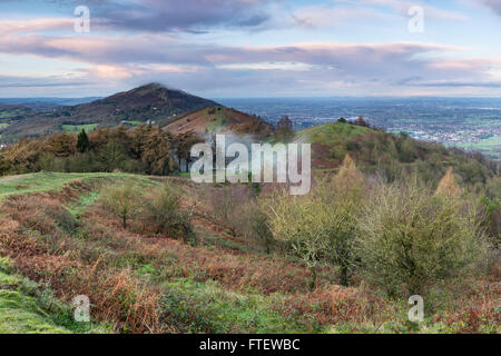 The footpath on Pinnacle hill leads through the clouds that rise over Jubillee Hill and Perseverance Hill after - Stock Photo
