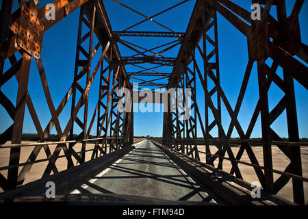 Metalica the BR-472 on Ibicui River Bridge - built by the British in 1888 - Stock Photo