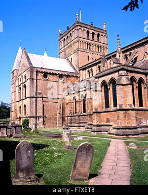 View of Southwell Minster with gravestones in the foreground, Southwell, Nottinghamshire, England, UK, Western Europe. - Stock Photo