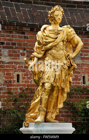 gold statue in Portsmouth Historic Dockyard of King William III. 1650 - 1702, a sovereign Prince of Orange by birth. - Stock Photo