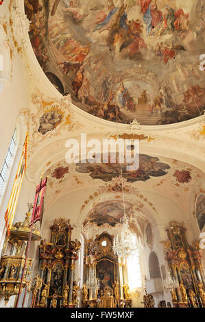 the 17th century Pfarrkirche, parish church, of St. Peter und Paul in Mittenwald, Bavaria, the violin making centre - Stock Photo