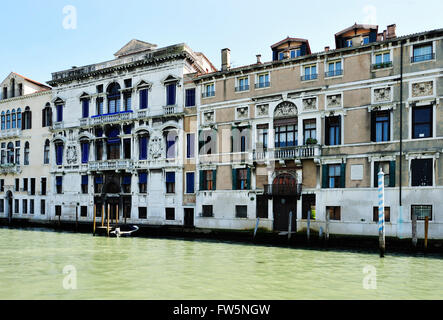Byron's palace, Grand Canal, Venice: Palazzo Mocenigo Casa Vecchia, built by Alvise Mocenigo about 1579, where English - Stock Photo
